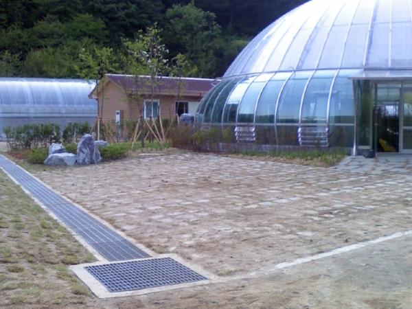 식물원 주차장